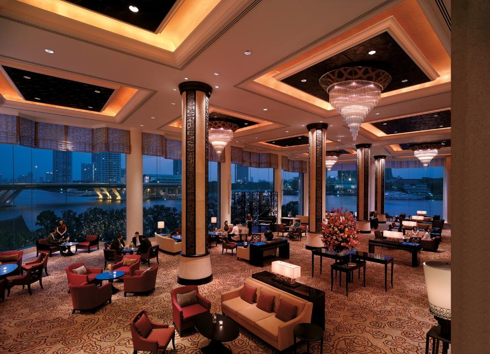 Shangri-L's Lobby Lounge