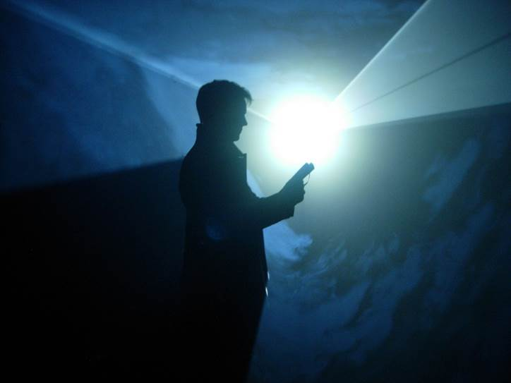 © Anthony McCall