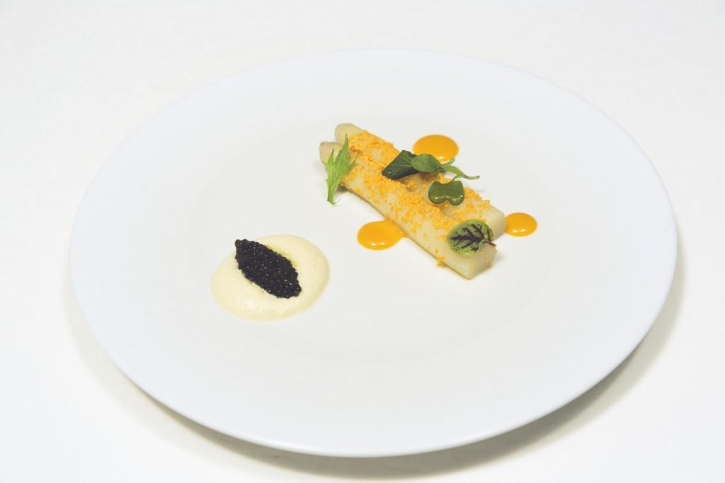 White Asparagus & Oscietra Caviar