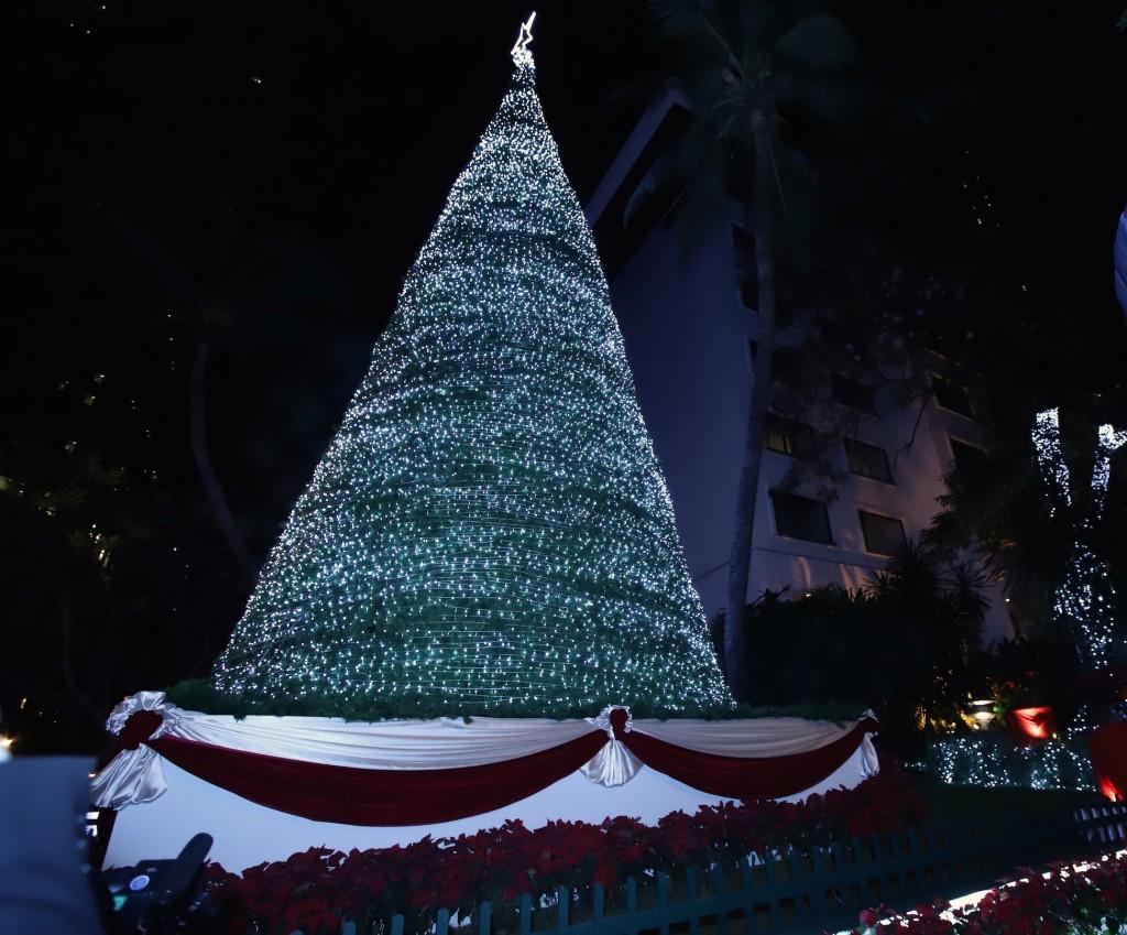 Anantara Siam Christmas Tree