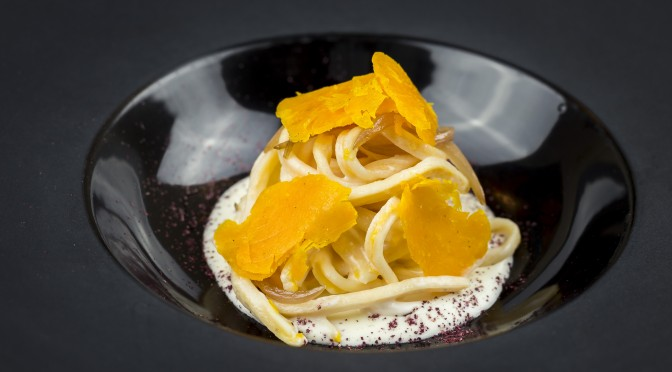 Menu_Spaghetti chitarra with parmigiano cheese, sparkling wine and red chili