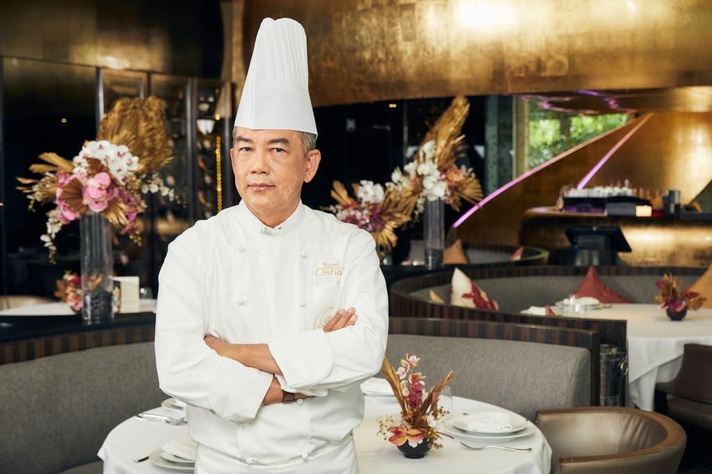Chef Vichit Mukura-01