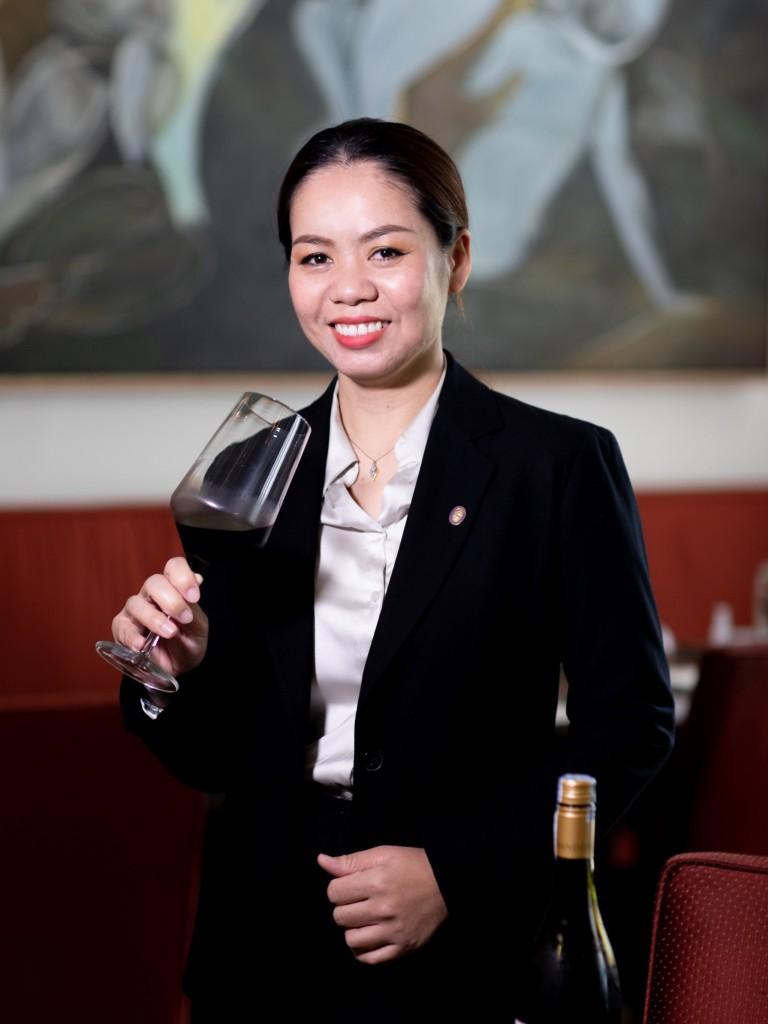 NUCH Nutawan Jumpanak - Madison - Five Wine Ladies009