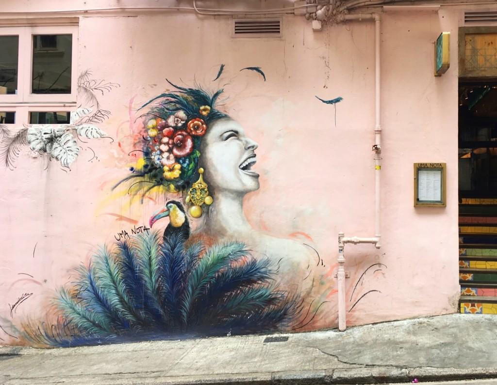 3.HK Street Art_Elsa Jean de Dieu - Uma Nota on Peel Street