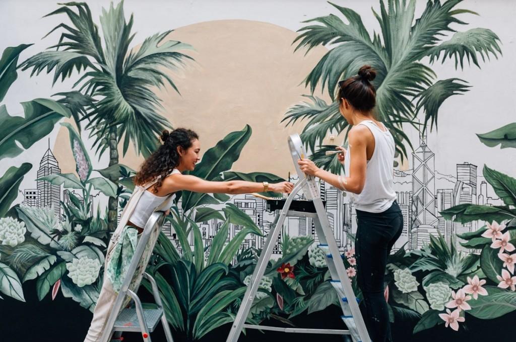 5.HK Street Art_ Carol Mui - Rebecca T Lin - painting HK  Walls