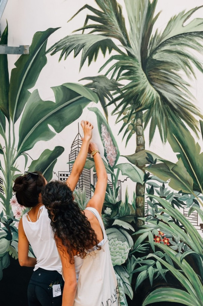 7.HK Street Art_Carol Mui - Rebecca T Lin - painting HK Walls  2