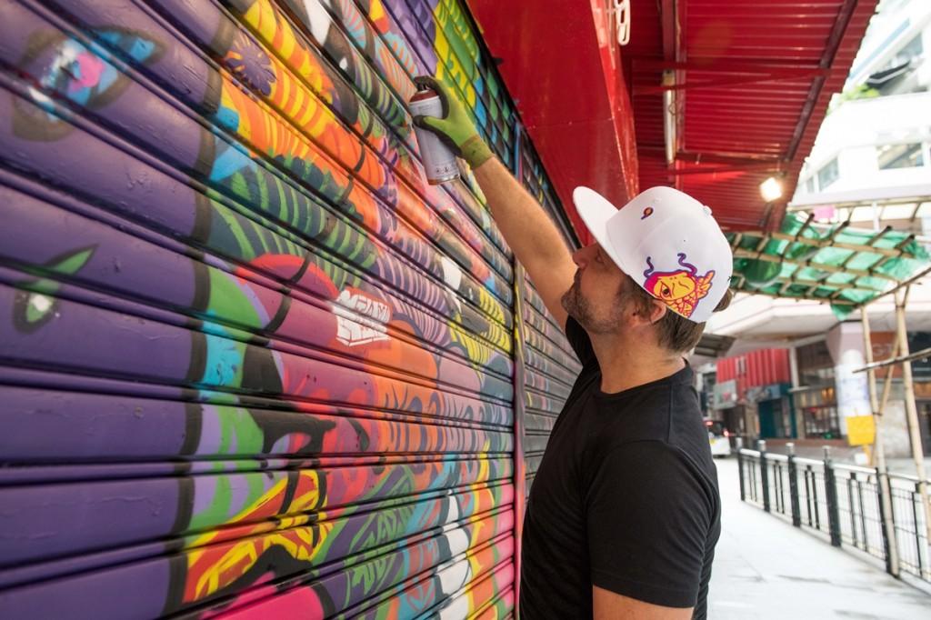 8.HK Street Art_Szabotage - painting