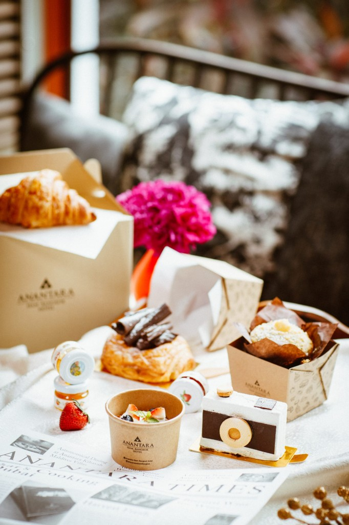 Anantara Siam-Delivery-Mocha&Muffins